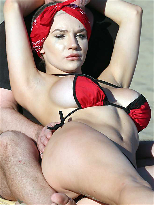 courtney stodden nipple beach bikini