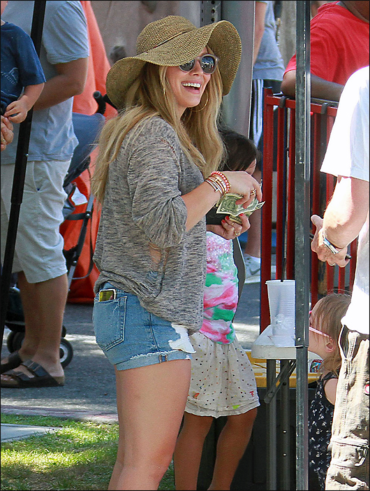 hilary duff tight jeans shorts