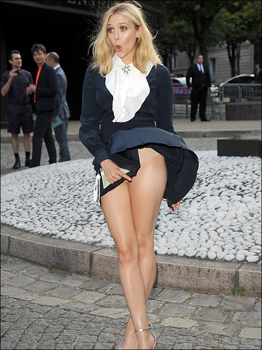 elizabeth olsen panty peek