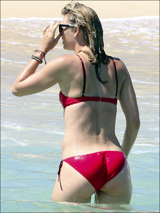 maria sharapova bikini ass