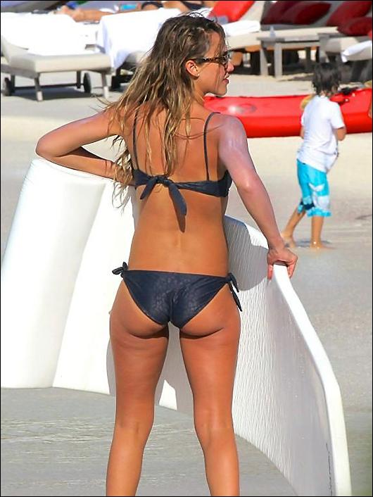 Jessica alba bikini