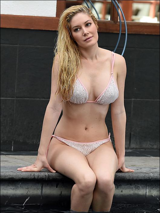 heidi montag bikini pool