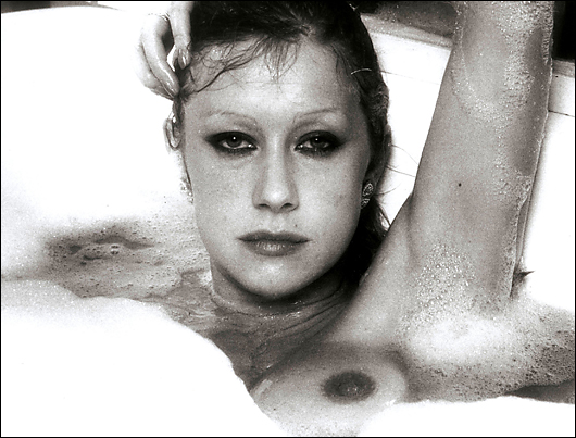 helen mirren topless bath