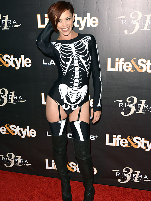 Jessica sutta halloween