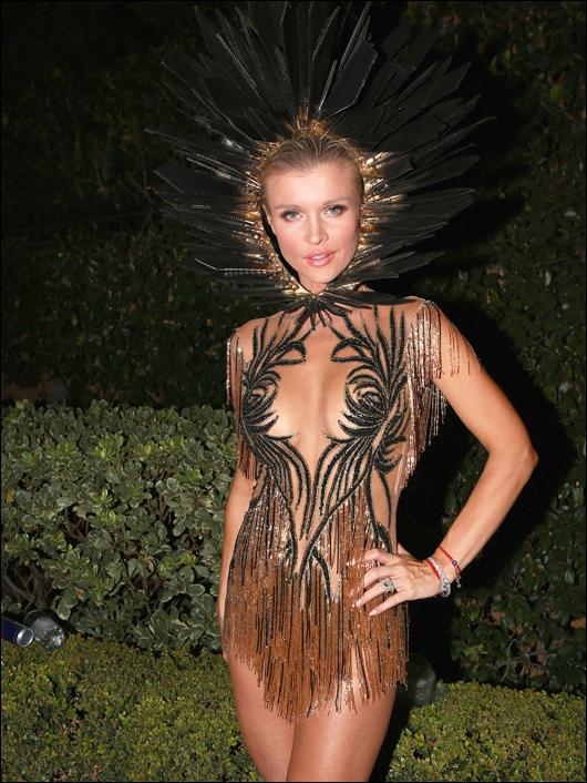 Joanna krupa halloween