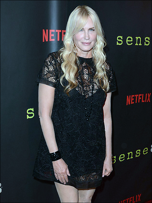 daryl hannah not invited to the golden globes