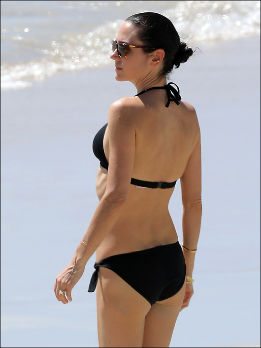 jennifer connelly bikini