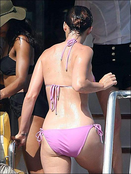 katy perry pink bikini
