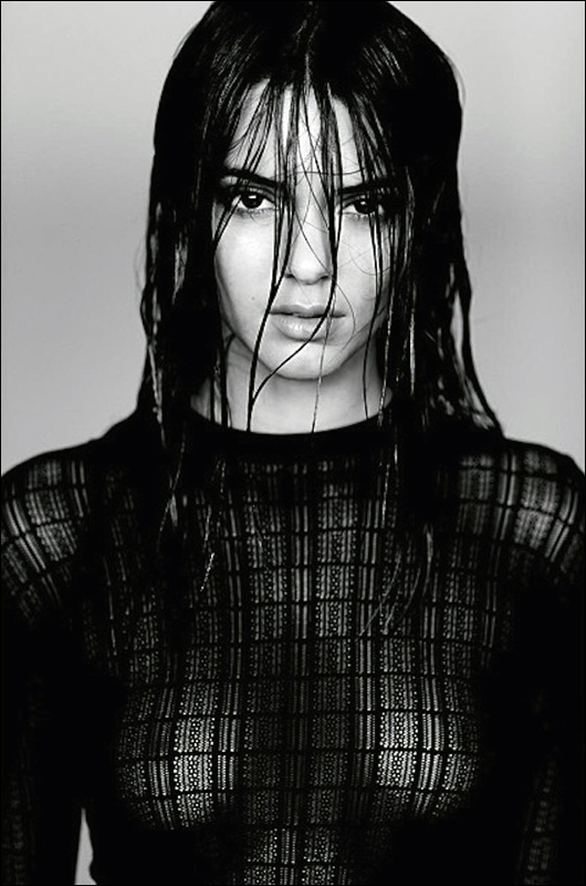 kendall jenner nipples