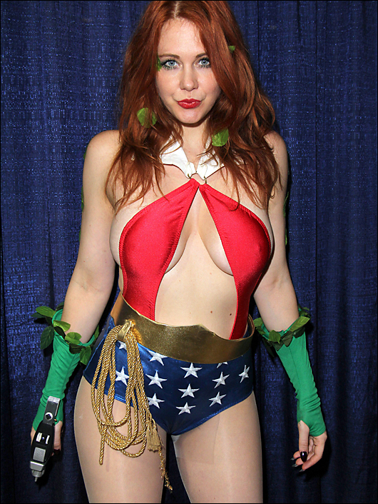 maitland ward long beach comic con