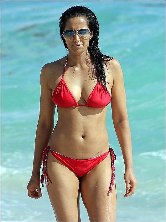 padma lakshmi bikini