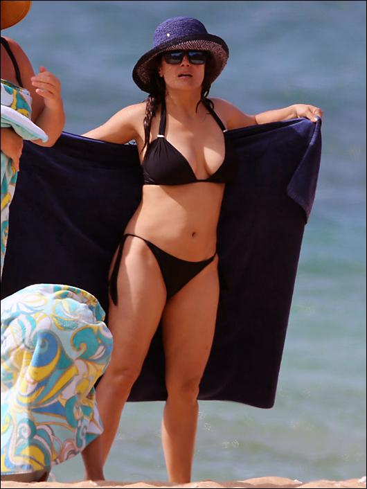 salma hayek bikini hawaii